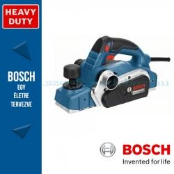Bosch GHO 26-82 D kézi gyalu szerszámtáskában, tartozékkészlettel