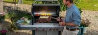 Gázos vagy faszenes grillsütőt vásároljak? Döntsd el, izzítsd fel a hangulatot és grillezz a kertben!